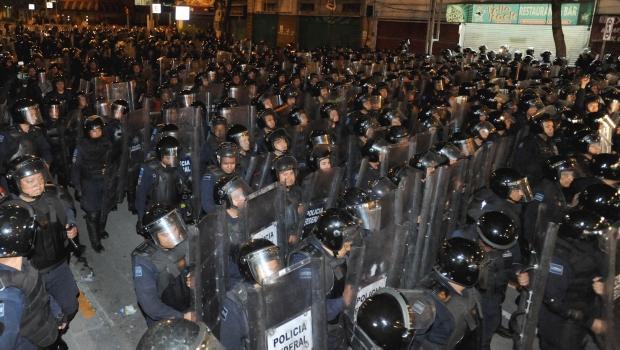 1235_policias-federales_620x350