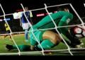 Portero de Brasil reconoció que TUVO MUCHA SUERTE que el árbitro lo 'salvara'